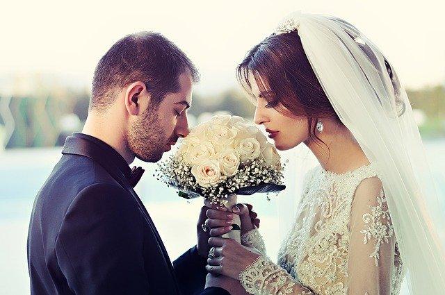 ślub młoda para